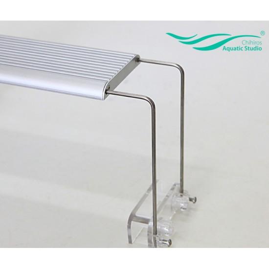 Металлический стенд для светильника